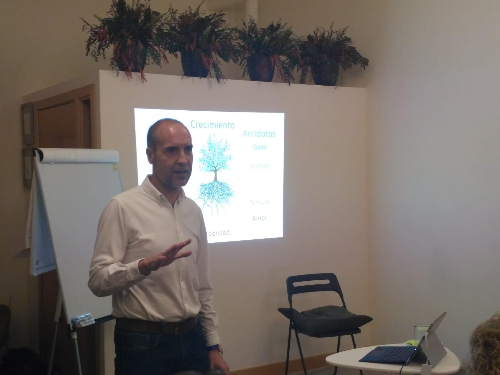 Daniel Álvarez Lamas en clase de certificación de coaching
